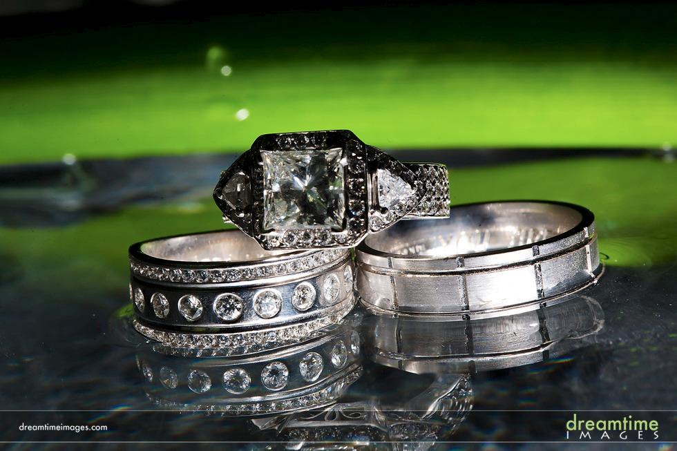 cool wedding ring details
