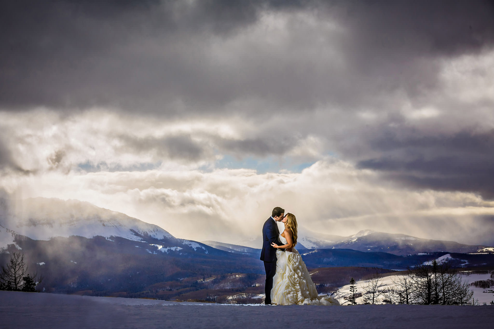 Bride and groom in Telluride at San Sophia Overlook
