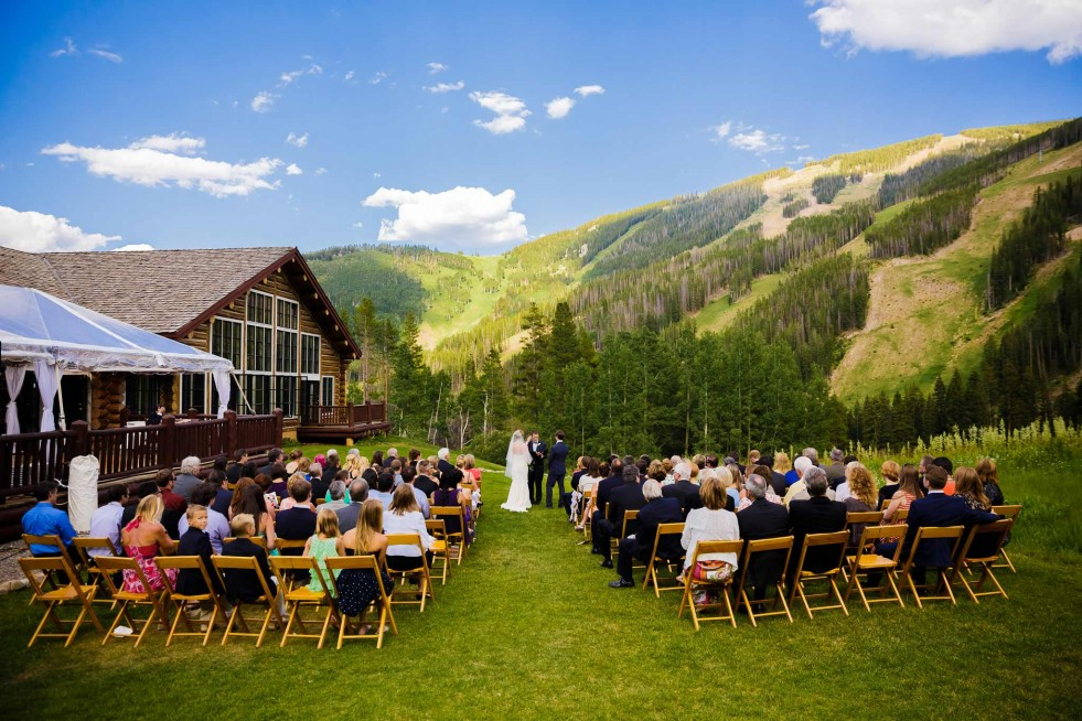 Summer Beano's Cabin wedding ceremony