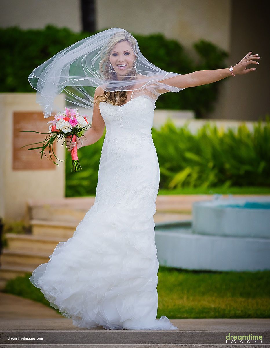 bride cancun