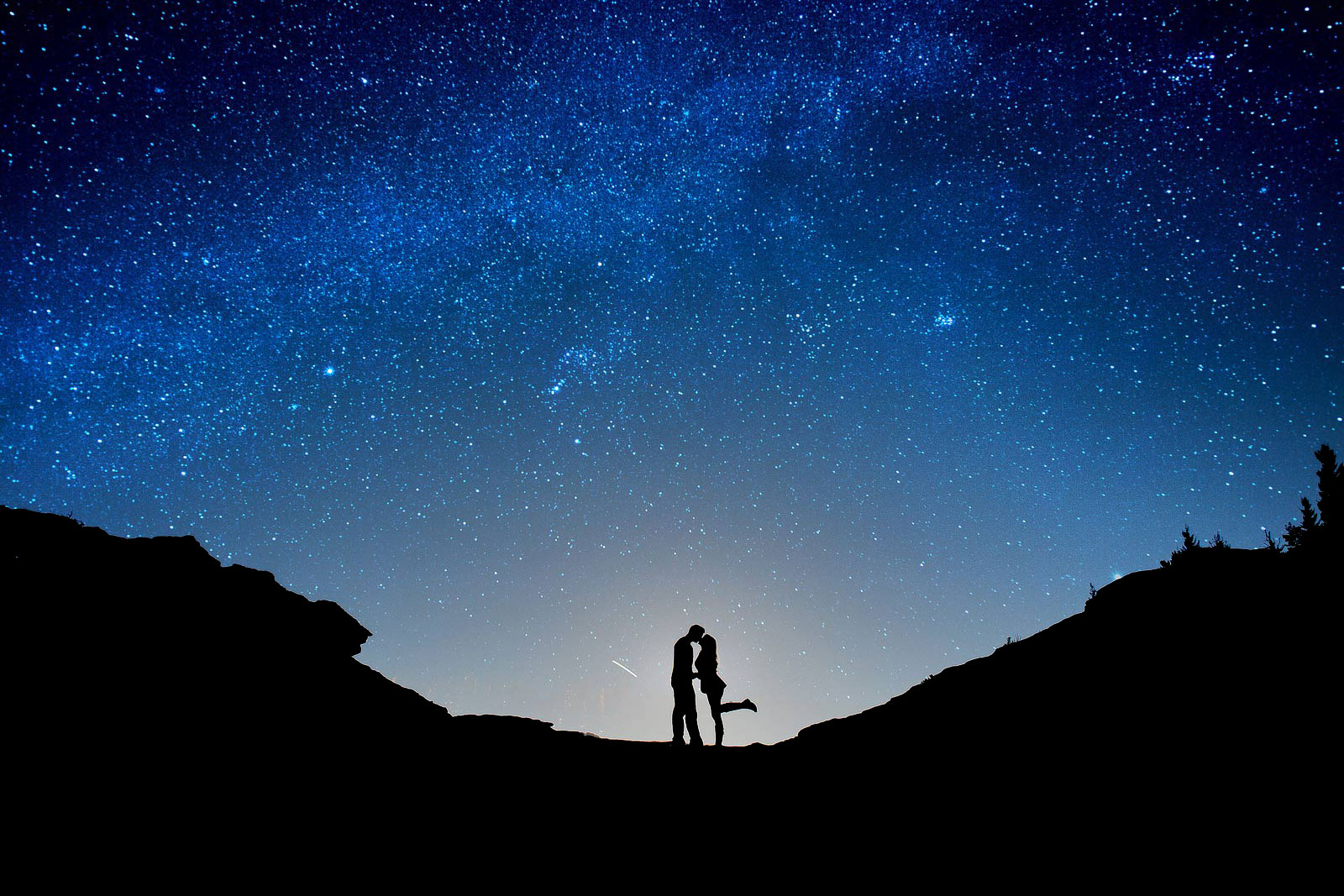 Wedding couple under Colorado night sky