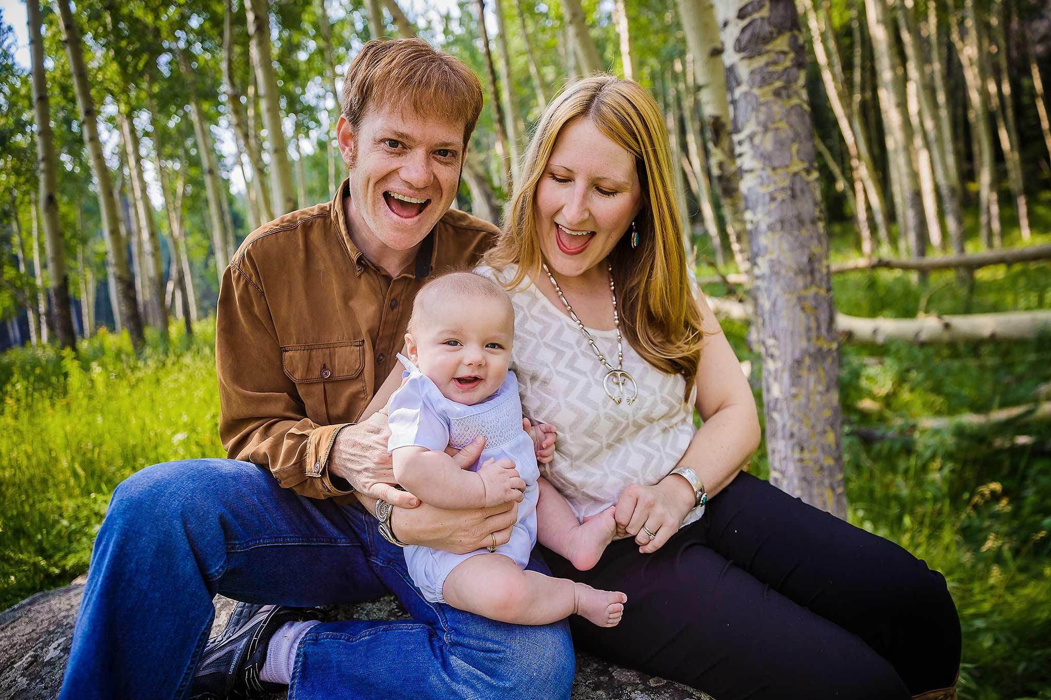 Family portrait in aspen grove in RMNP, Estes Park