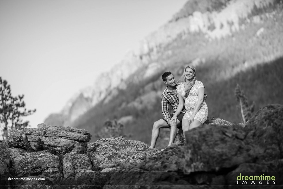 Pregnancy pictures in Colorado Rockies