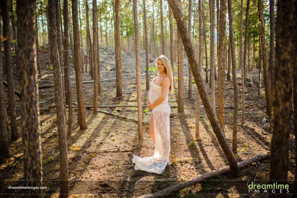 Summer Maternity Photos Estes Park CO Nadine Wes