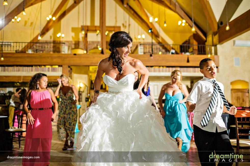 Bride dancing at Della Terra