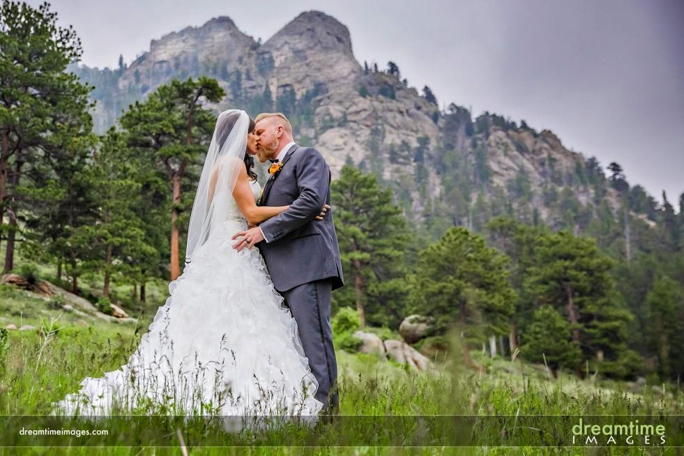 Couple kissing near Della Terra
