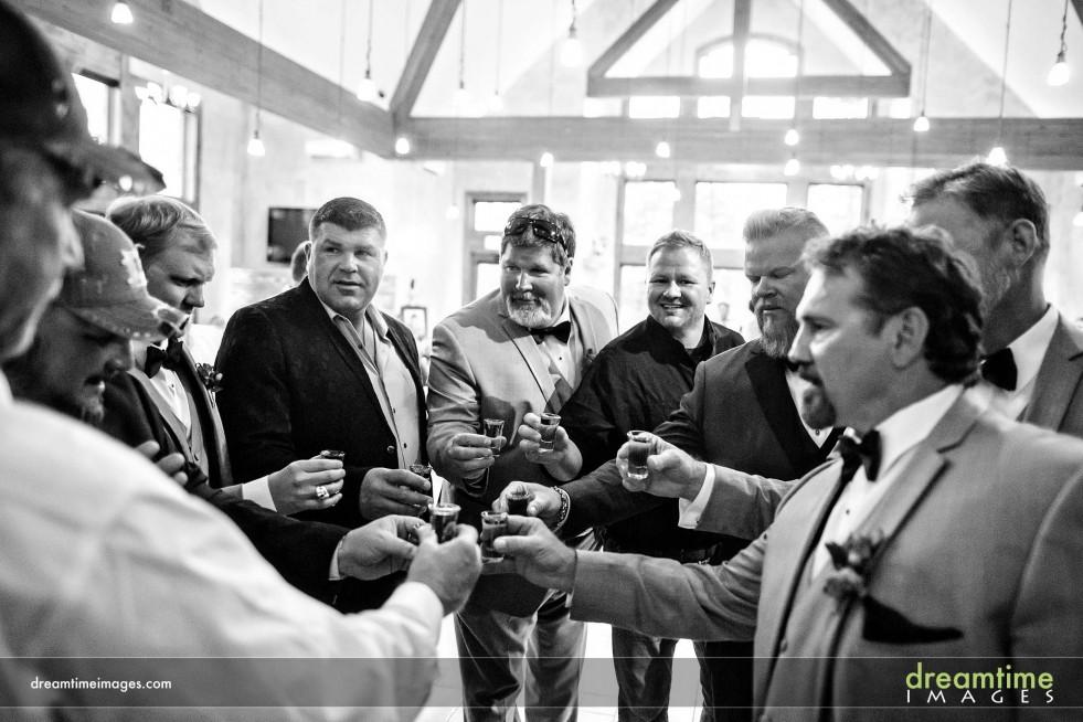 Groomsmen toast at Della Terra wedding
