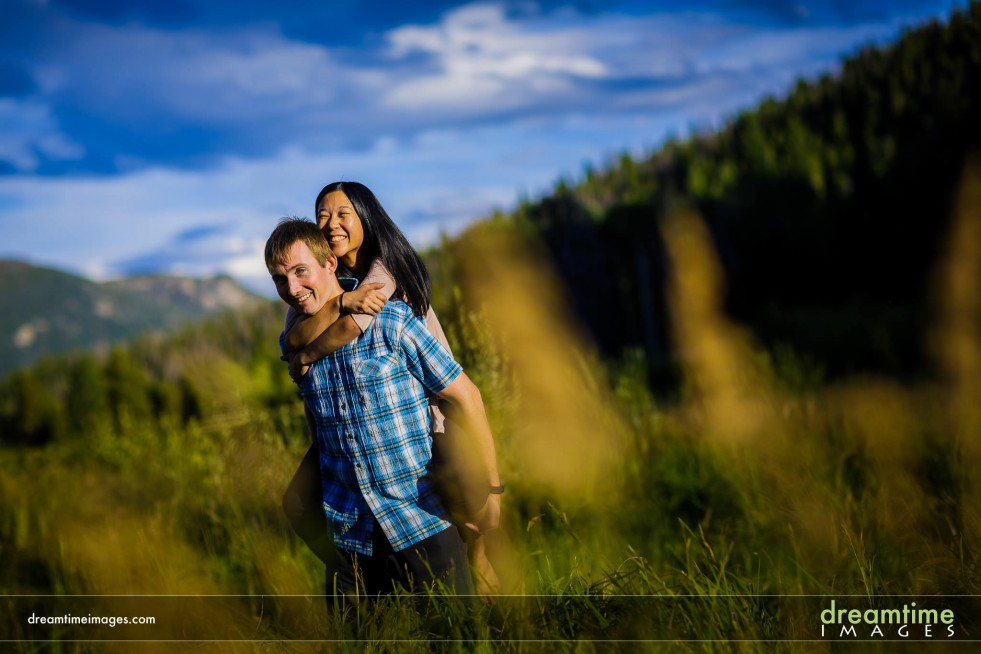 Engagment portrait in Endo Valley