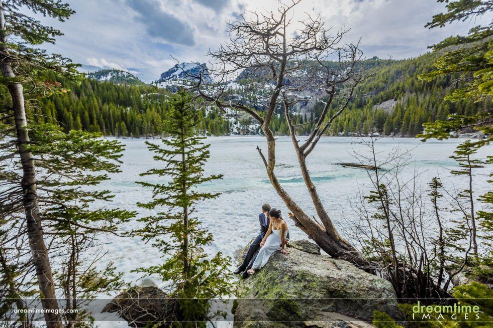 winter wedding portrait, bear lake, rmnp