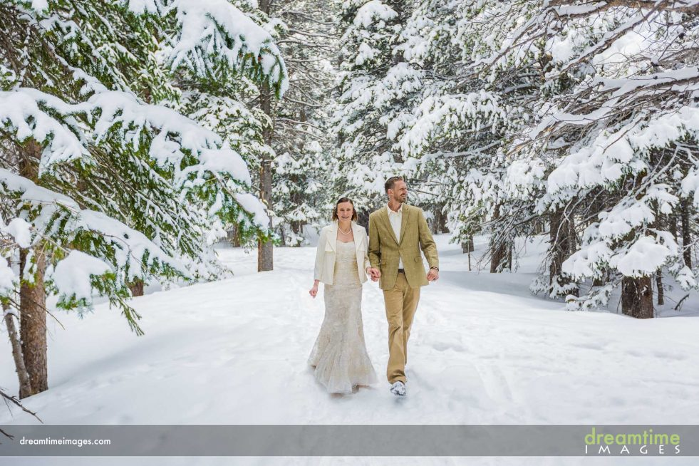 Winter weddign in RMNP